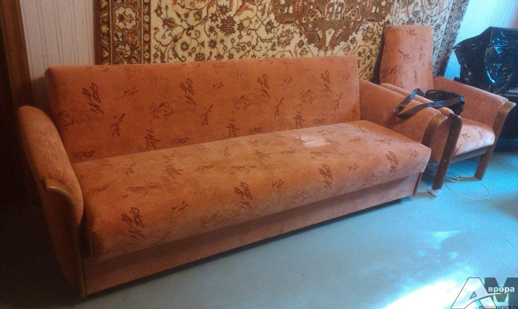 перетяжка дивана и кресла