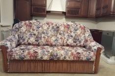 Перетяжка дивана фото 36