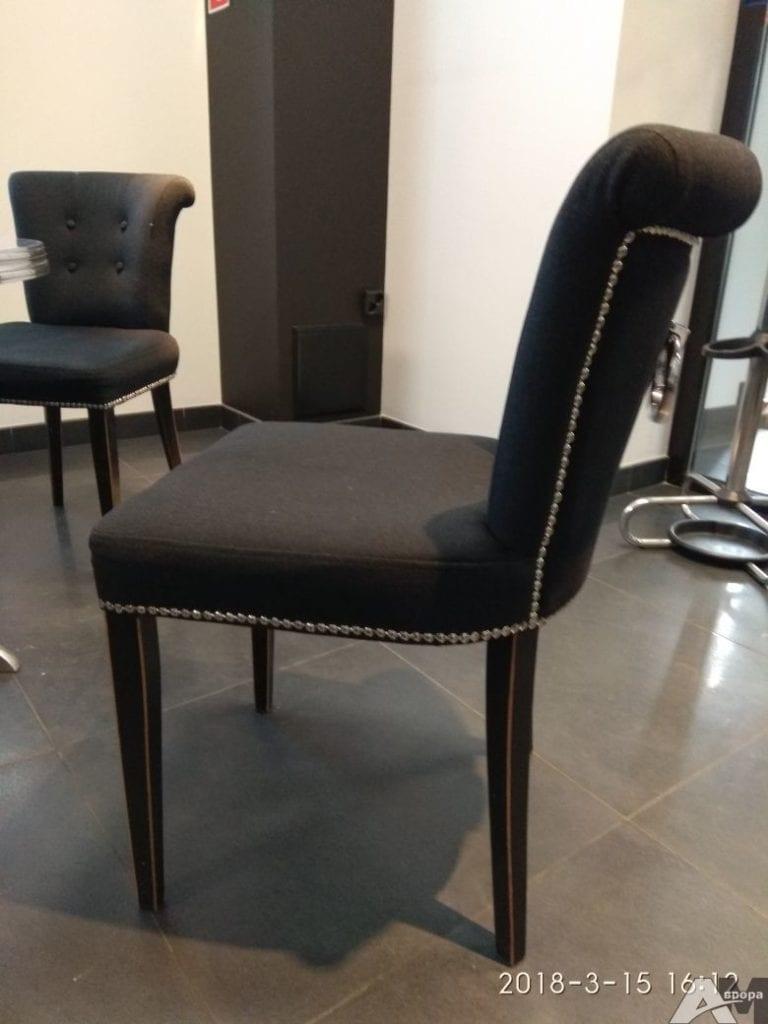 Обивка стульев фото 17