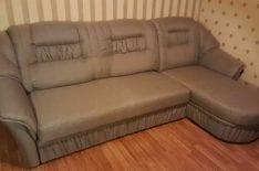 Перетяжка дивана фото