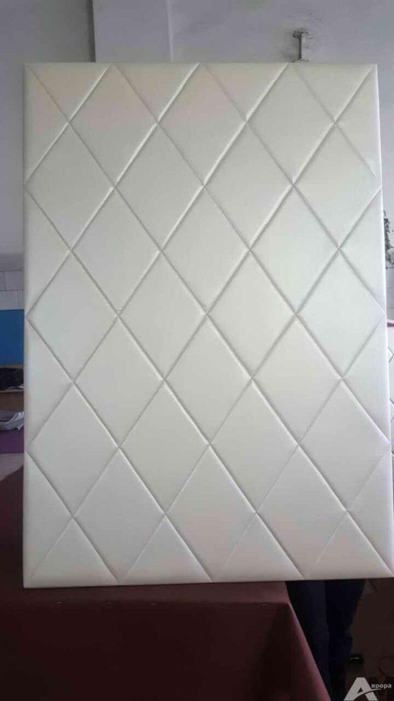 Кожаная стеновая панель ромбом