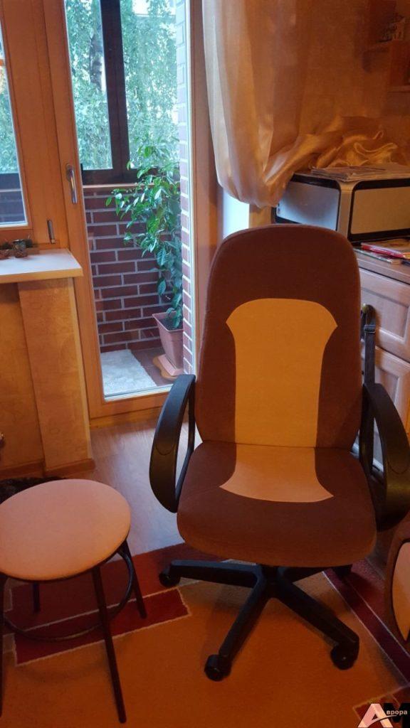 Перетяжка компьютерного кресла фото 17