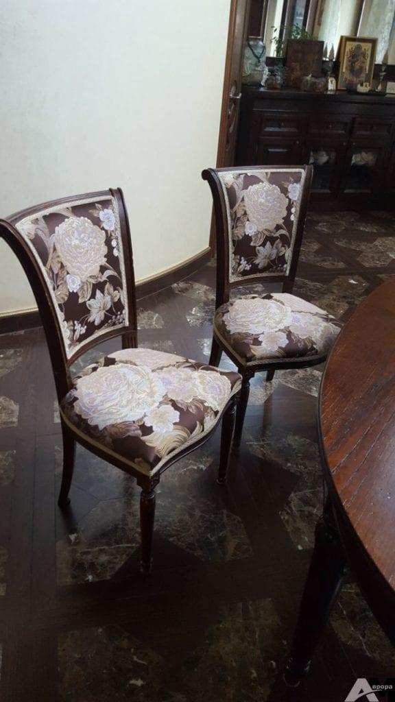 Обивка стульев фото 15