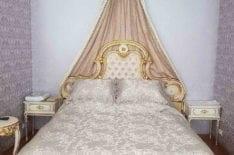 Перетяжка изголовья старинной кровати