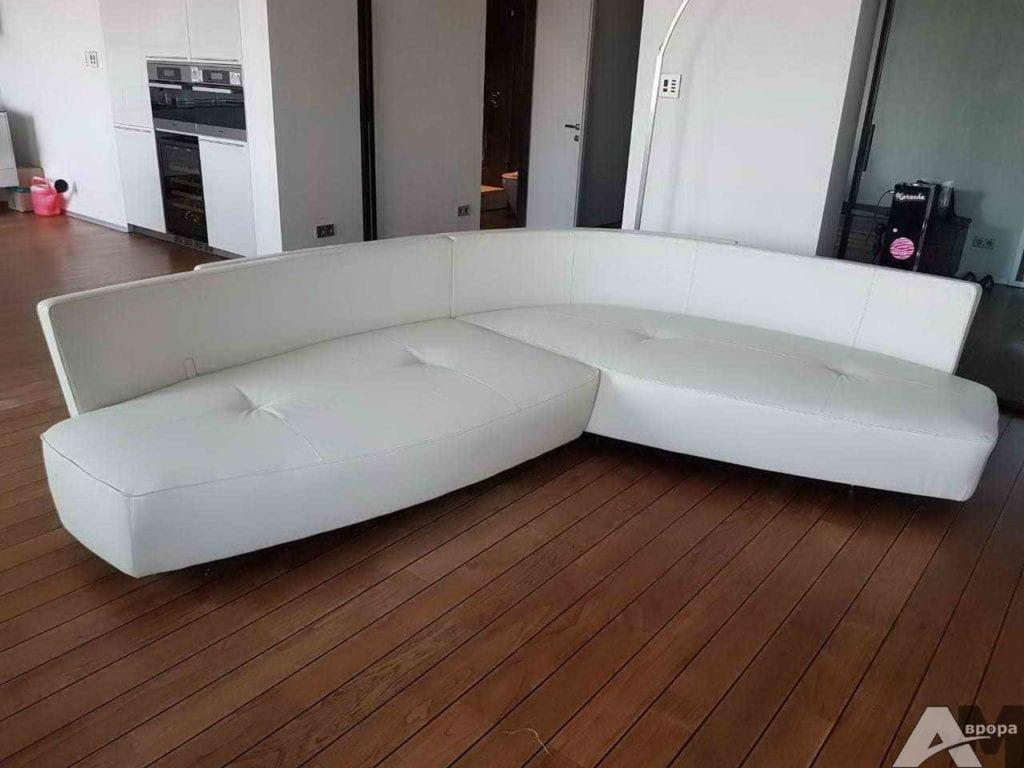 Перетяжка углового дивана фото 28
