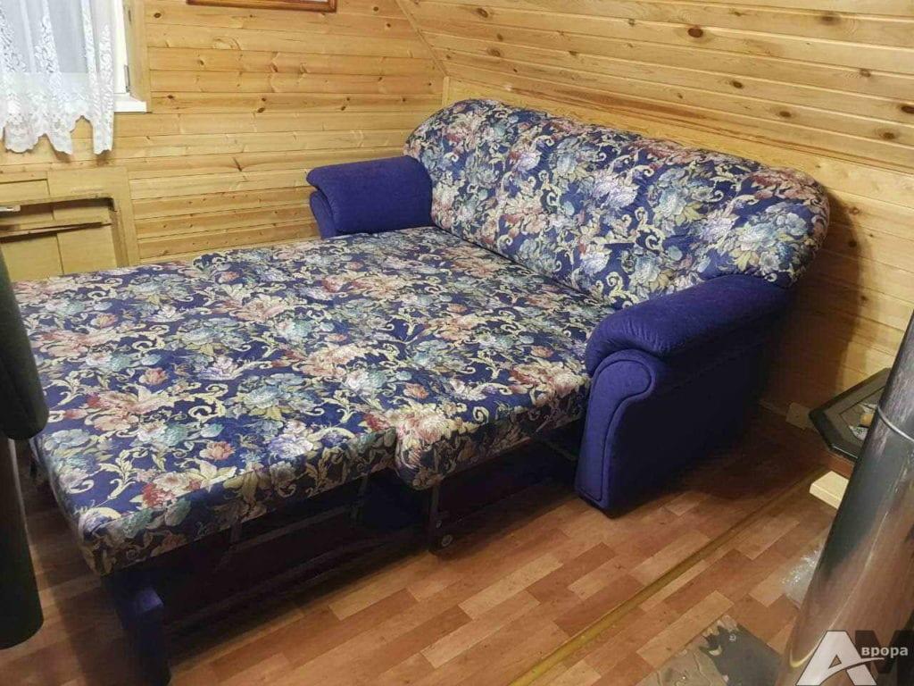 Перетяжка выкатного дивана