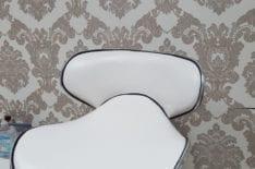 перетяжка барного стула фото 2