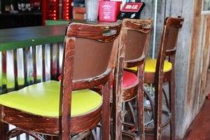 обивка стульев кожзамом